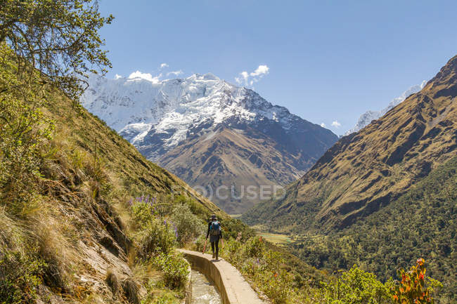 Alpinismo turistico nel Passo Salkantay, Salkantay Trek, Cusco, Cuzco, Perù. — Foto stock