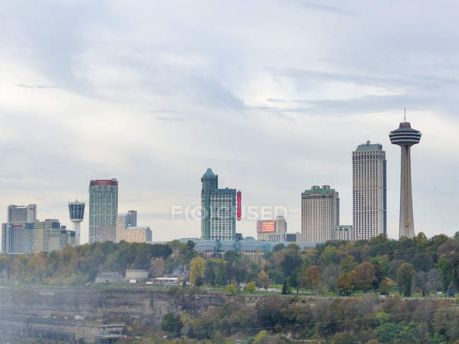 États-Unis, New York, Niagara Falls, City Skyline vue de jour — Photo de stock