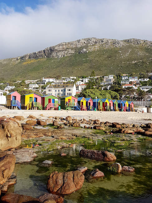 South African colorful wooden beach houses of Muizenberg, Cape Town, Western Cape, South Africa — Fotografia de Stock