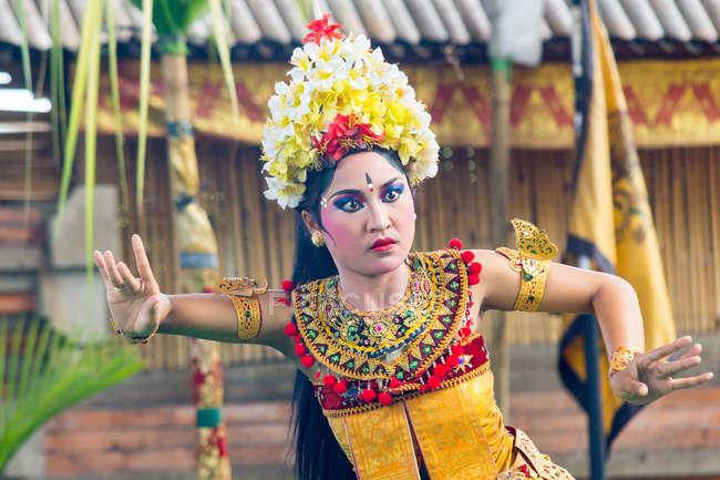 Традиційний танець демонстрація біля Ubud, Балі, Індонезія — стокове фото