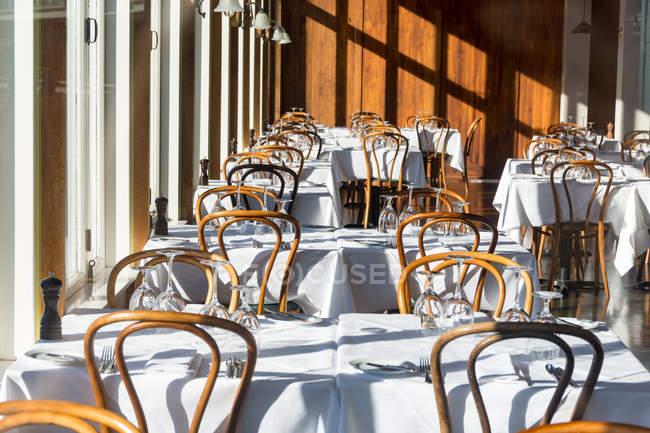Neuseeland, Wellington, Interieur eines Luxusrestaurants — Stockfoto
