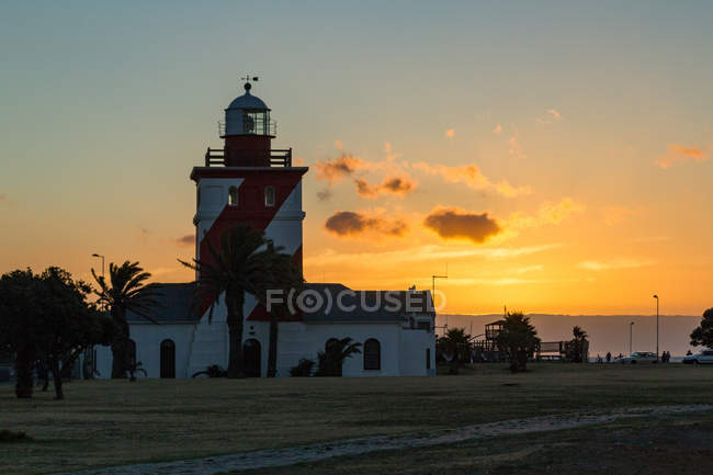 South Africa, Western Cape, Cape Town, Sunset, Beach Walk, Greenpoint Lighthouse — Stock Photo