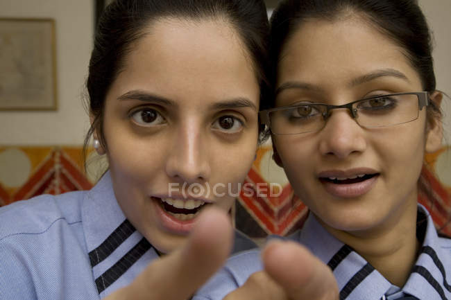 Students pointing — Stock Photo