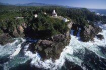 Veduta aerea della stazione di luce di Cape Beale, Vancouver Island, British Columbia, Canada . — Foto stock