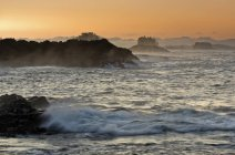 Sunrise from Wild Pacific Trail near Ucluelet, Vancouver Island, British Columbia, Canada — Stock Photo