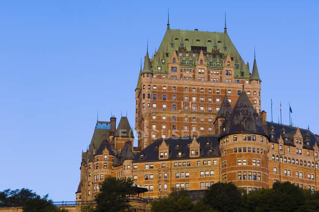 Chateau Frontenac hotel in luce del mattino, Quebec, Canada . — Foto stock