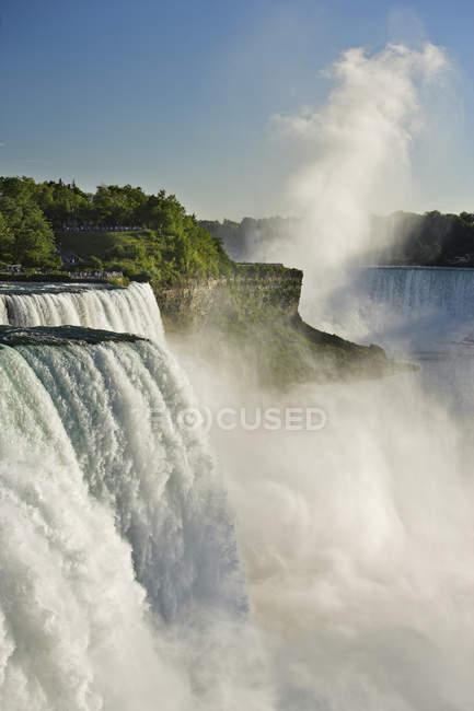 American Falls à Niagara Falls, New York, États-Unis — Photo de stock