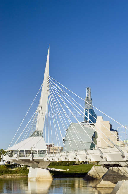 Winnipeg skyline with Esplanade Riel Bridge and Canadian Museum for Human Rights,  Manitoba, Canada — Stock Photo