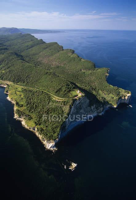 Veduta aerea della penisola di Gaspe nel Forillon National Park del Quebec, Canada . — Foto stock