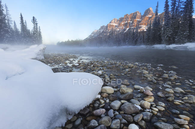 Castle Mountain and Bow River in winter season in Banff National Park, Alberta, Canada — Stock Photo