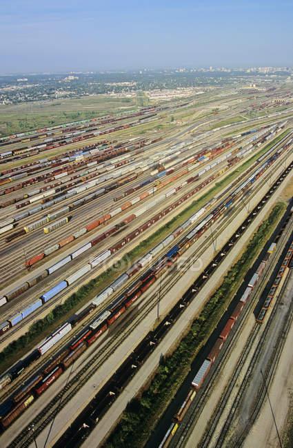 Вид с воздуха на железнодорожную станцию в Виннипеге, Манитоба, Канада . — стоковое фото