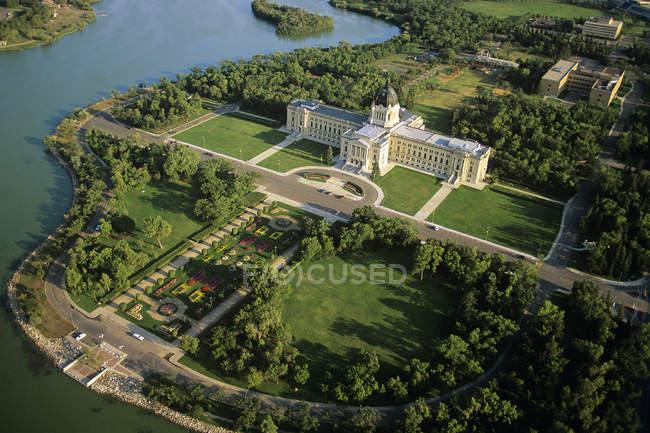 Vista aérea do edifício legislativo de Saskatchewan, Regina, Saskatchewan, Canadá . — Fotografia de Stock