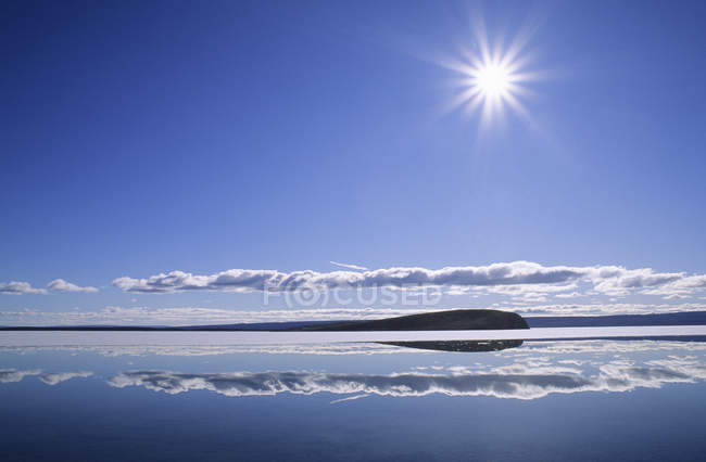 Lake Hazen with sun in cloudy sky at northern Ellesmere Island, Nunavut, Arctic Canada — Stock Photo