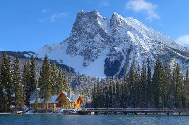 Restaurant Hütte am Emerald Lake im Yoho Nationalpark, Britisch-Kolumbien, Kanada — Stockfoto