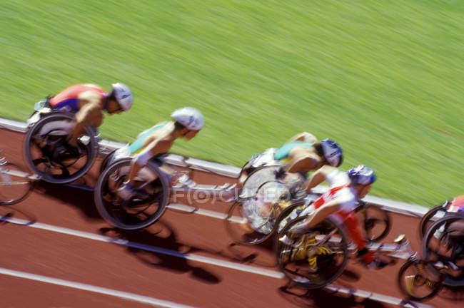 Гонка на колясках на треке, Британская Колумбия, Канада . — стоковое фото