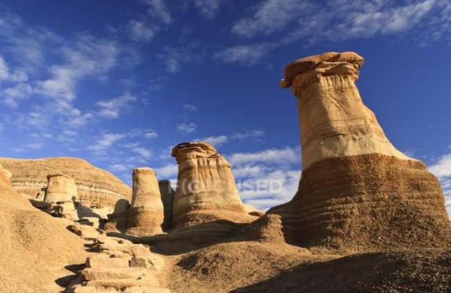 Hoodoos rock formazioni nelle badlands vicino a Drumheller, Alberta, Canada — Foto stock