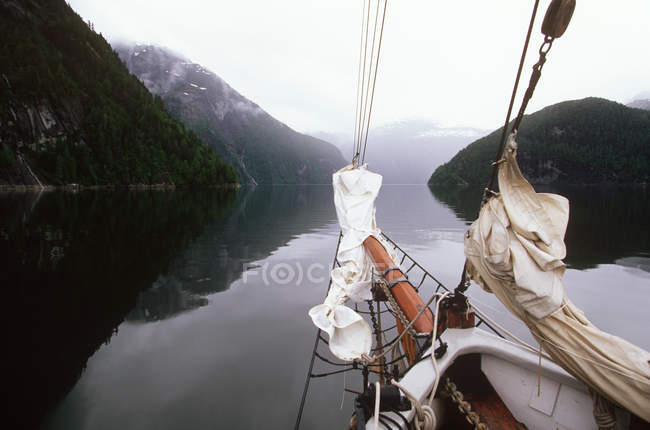 Central coast Kynoch Inlet and bowsprit of Duen, British Columbia, Canada. — Stock Photo