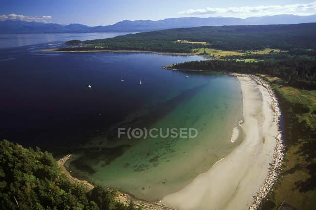 Аэрофотоснимок Tribune залив и Остров Хорнби, Британская Колумбия, Канада. — стоковое фото