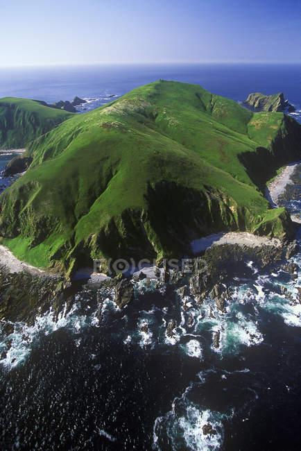 Veduta aerea della riserva ecologica Triangle Island nella Columbia Britannica, Canada . — Foto stock