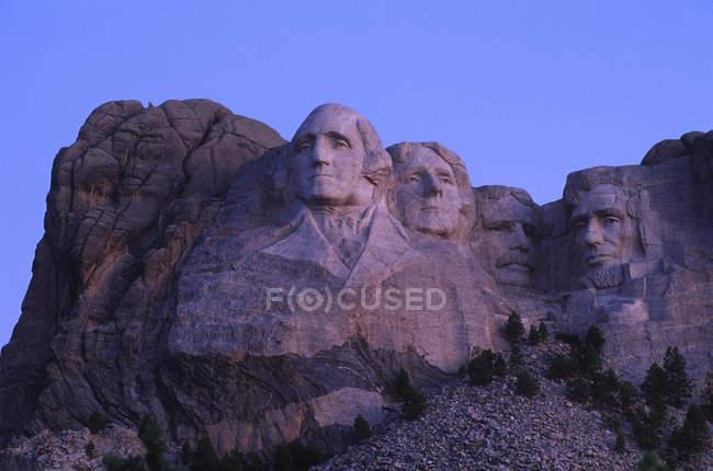 Monte Rushmore scultura di pietra dei presidenti Usa all'alba nel Dakota del sud, Stati Uniti d'America — Foto stock