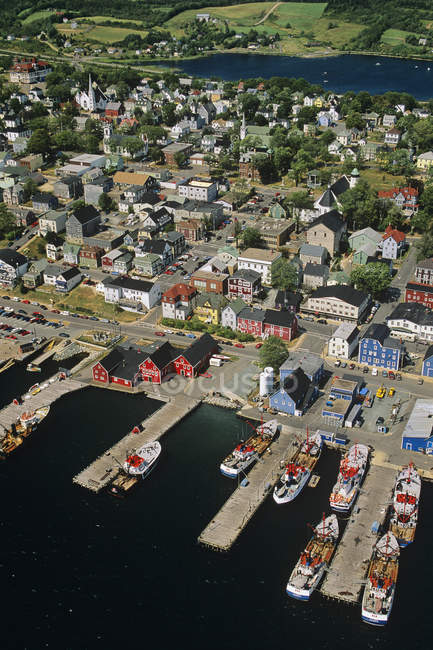 High angle view of boats and houses in Lunenburg port town in Nova Scotia, Canada — Stock Photo