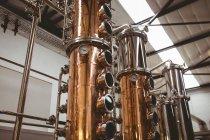 Манометр давления на бак в пивоварня — стоковое фото