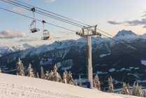 Schwebebahn auf der Alm im Winter — Stockfoto