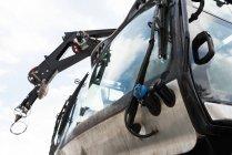 Moderno snowplow truck nella stagione nevosa — Foto stock