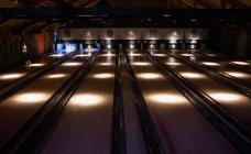 Interno della pista da bowling vuota — Foto stock