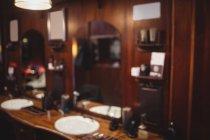 Розмито інтер'єр перукарні — стокове фото