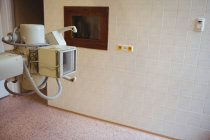 X-ray machine in empty room at hospital — Stock Photo