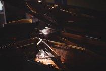 Закри клавішний інструмент в студії — стокове фото