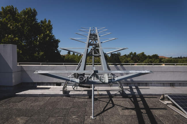 Solar machine at solar station on a sunny day — Stock Photo