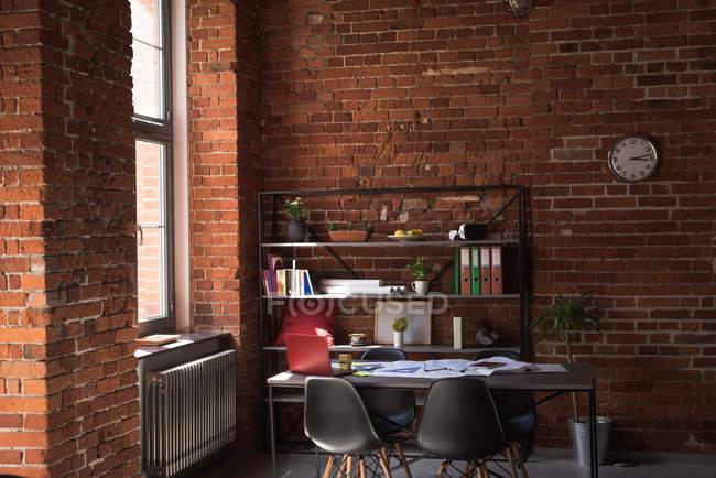 Intérieur de bureau moderne vide — Photo de stock