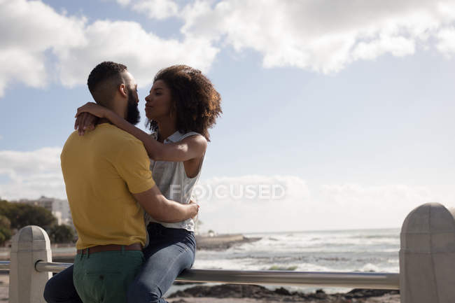Romantic couple embracing each other on a sunny day — Stock Photo