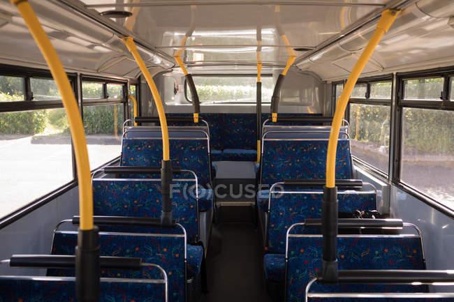 Interior do ônibus moderno — Fotografia de Stock