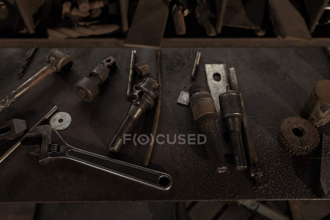 Close-up of blacksmith tool arrangement in workshop — Stock Photo