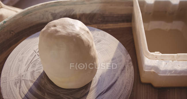 Close-up of pottery wheel in pottery workshop — Stock Photo