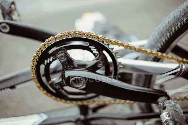 Закри Bmx велосипеда ланцюговим колесом — стокове фото