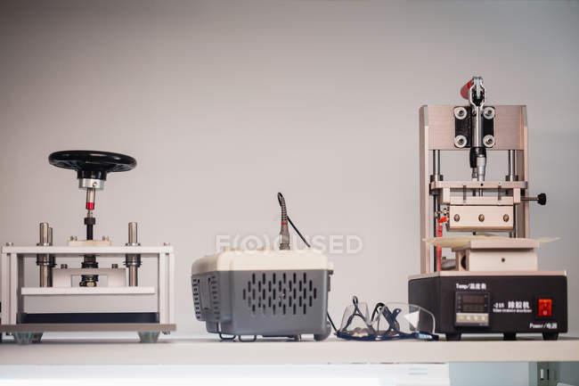 Электронная, ремонт оборудования в сервисный центр — стоковое фото