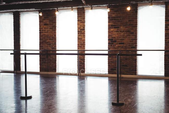 Ballet barre stand in ballet studio — Stock Photo
