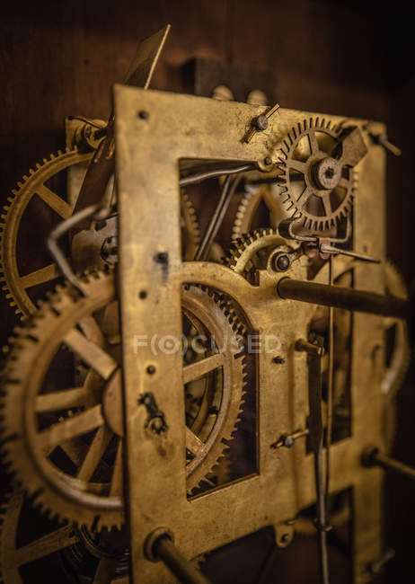 Vintage watch mechanism with gears — Stock Photo