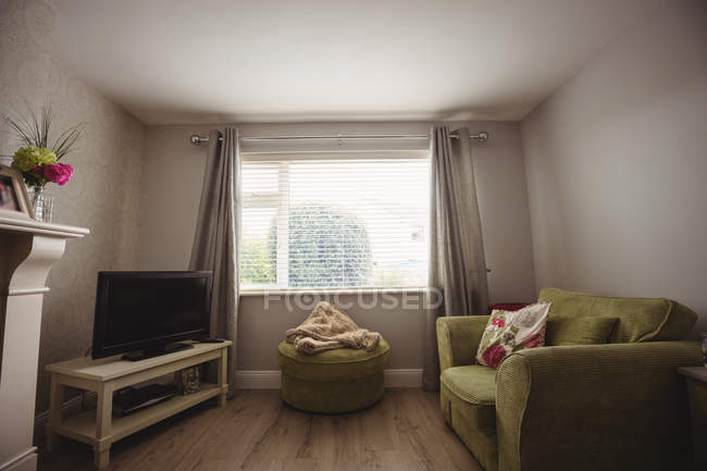 Interior of empty living room at home — Stock Photo