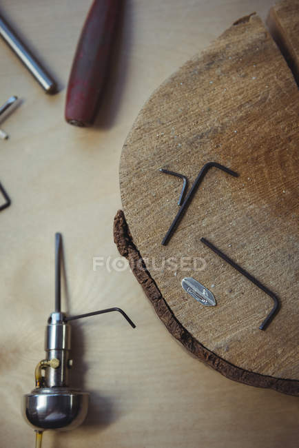 Close-up of various crafts making equipment and tool on workbench — Stock Photo