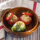 Vegetable stuffed tomatoes and zucchinis, selective focus — Stock Photo