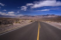 Strada tra Death Valley e Lone Pine, California, USA — Foto stock