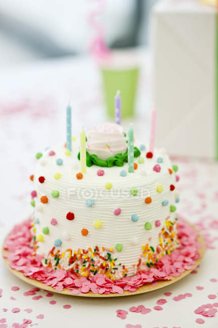 Close-up of birthday cake with candles — Stock Photo