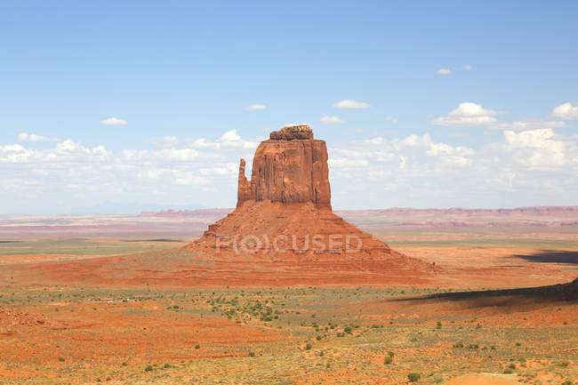 East Mitten Butte sandstone rock formation, Utah, USA — Stock Photo