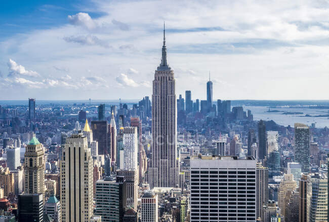 Usa, New York, Manhattan Midtown, view from the top of Rockefeller Center — стокове фото