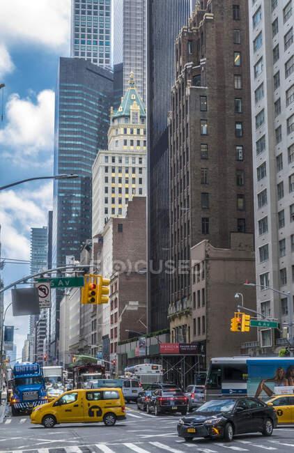 Usa, New York, Manhattan Midtown, 6th Ave — стоковое фото